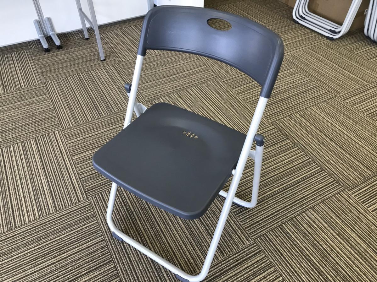 プラスチック製パイプ椅子 設置写真