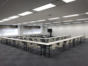 展示会・会議で活躍するホワイトテーブルを福岡でレンタル!